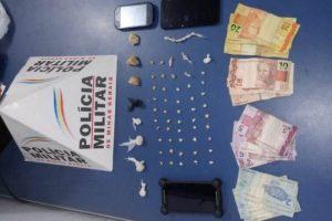 Manhuaçu: PM prende autor de tráfico de drogas no Engenho da Serra