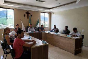 Vereadores recebem relatório da EMATER em São João do Manhuaçu