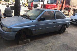 Polícia Civil recolhe carros abandonados na rua