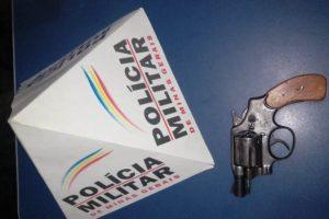 PM apreende simulacro de arma de fogo no bairro Coqueiro
