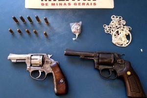 Manhuaçu: Dois revólveres apreendidos no Bairro Santana