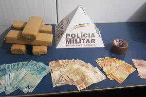 Santana do Manhuaçu: PM apreende cinco barras de maconha