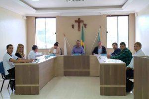 Câmara de São João do Manhuaçu apresenta indicações de obras