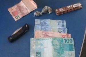 Manhuaçu: PM apreende três menores acusados de tráfico na Baixada