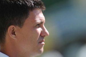 América toma 4 gols e técnico discute com a arbitragem