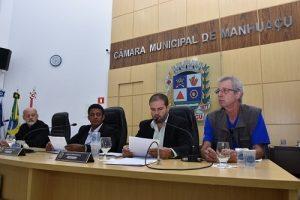 """Câmara de Manhuaçu ouve passageiros de ônibus e empresa em audiência sobre """"Dupla função: Motorista e cobrador de ônibus"""""""