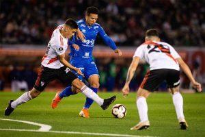 Libertadores: Cruzeiro empata com River com sabor de vitória