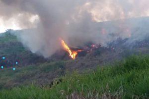 Bombeiros combatem incêndios na Vilanova e Vila Deolinda