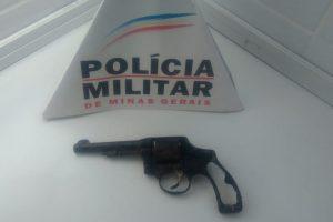 Manhuaçu: Arma de fogo é localizada no lixo