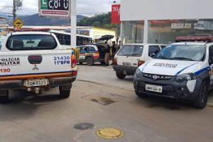 PM recupera carro e prende autor em roubo em Manhuaçu