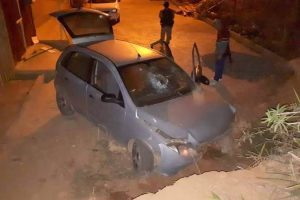 Luisburgo: Homens roubam mercearia, trocam tiros com PM e acabam presos