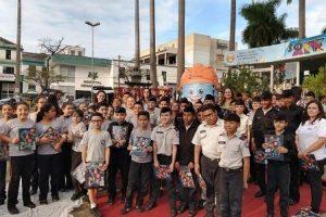 Zé da Luz na Escola: Estudantes assistem teatro sobre perigos da rede elétrica