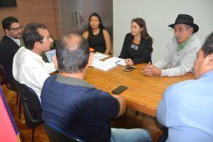 Prefeita de Manhuaçu participa de reunião do Conselho Diretor do CIDESI