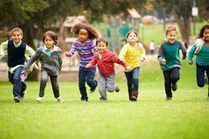Vida e Saúde: Criança tem que brincar ao ar livre