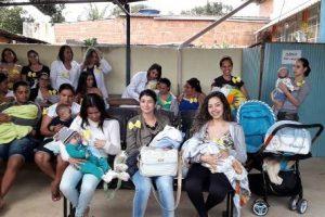 Mês de agosto: mamães recebem incentivo para amamentar seus filhos