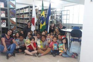 Manhuaçu: Biblioteca Municipal recebe alunos na Semana da Independência