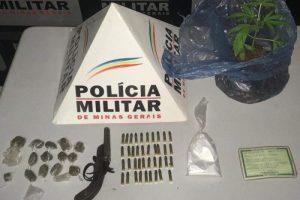 Manhumirim: Arma e drogas apreendidas pela Polícia Militar