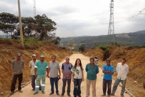 Programa Caminhos do Campo: Prefeitura calça trecho crítico na Boa Vista