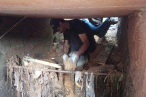 Prefeitura continua com trabalhos de desobstrução de rede na R. Antônio Lomeu