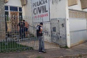 Manhumirim: Polícia Civil prende acusados de envolvimento em homicídio