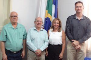 Prefeito Renato empossa novos Secretários de Cultura, Obras e de Educação de Manhuaçu