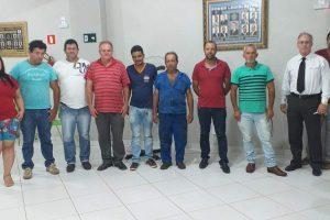 Prefeito de Reduto participa de reunião com os vereadores
