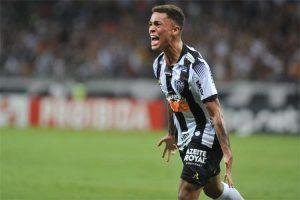 Atlético planeja aumento salarial e renovação do contrato de Bruninho