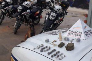Manhuaçu: Drogas apreendidas no Engenho da Serra; Celular recuperado no Santana