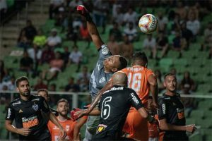 Atlético fica no empate sem gols com o Coimbra