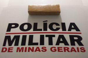 São João do Manhuaçu: PM apreende drogas no córrego Boa Vista