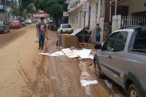 Saúde alerta para riscos de contaminação pós enchente