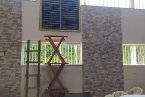 Ladrão furta de carnes em Manhuaçu