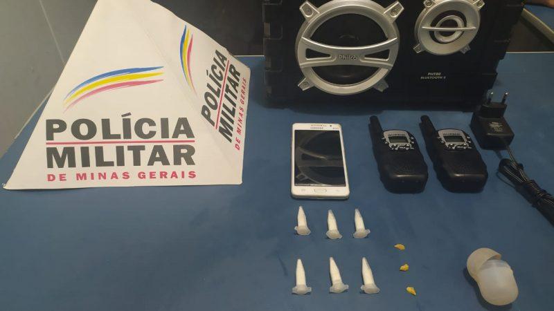 Manhuaçu: PM apreende drogas com menor no bairro São Vicente