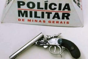 Caputira: PM apreende arma de fogo