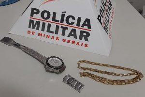 Manhuaçu: PM apreende envolvidos em roubo e recupera produtos