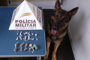 Manhuaçu: PM apreende menor com drogas no bairro Santana
