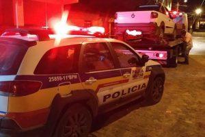 Região: PM apreende veículo furtado com placa clonada