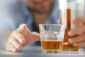 Bebidas alcoólicas engordam? Veja a melhor alternativa
