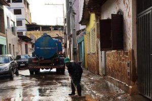 Prefeitura mobiliza equipes para limpeza geral da cidade