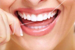 Higiene bucal pode ajudar a prevenir complicações da covid-19