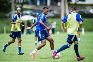 Quatro jogadores do elenco principal do Cruzeiro retornarão para a base