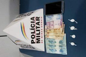 Manhuaçu: PM apreende drogas na Baixada