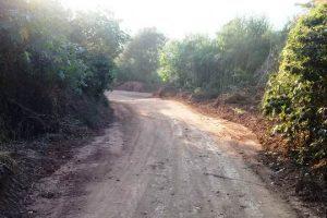 Estradas rurais recebem patrolamento em Manhuaçu