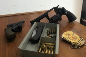 PC apreende arma e evita possível feminicídio