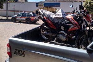 Veículo furtado é recuperado pela PM em Santana do Manhuaçu