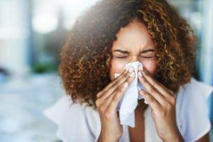 Atenção aos sintomas da rinite
