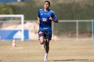 Cruzeiro confirma empréstimo de Rafael Santos à Chapecoense