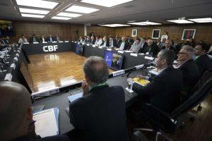 CBF e clubes planejam Brasileiro com início em agosto e término em fevereiro