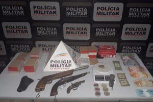 Plantão policial: Várias armas apreendidas pela PM