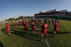 Nacional: Palmeiras e Corinthians se preparam; Flu volta aos treinos